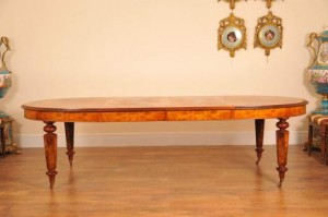 ENGLISH VICTORIAN MARQUETRY INLAY EXTENDING DINING TABLE DINERS