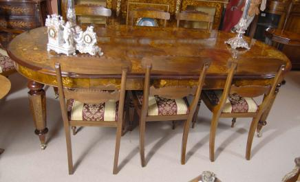 English Victorian Walnut Dining Table & 8 Regency Chairs Set