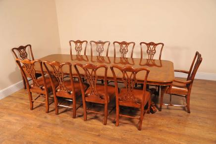 George II Walnut Dining Table & 10 Chippendale Chair Set