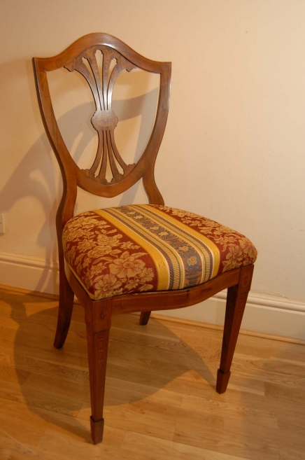 SET 10 ENGLISH PAINTED SHERATON DINING CHAIRS