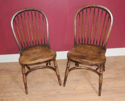 Set 8 English Bow Back Country Windsor Chairs