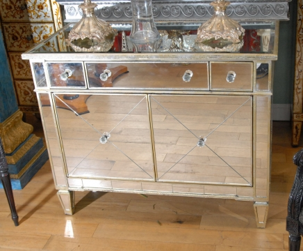 Italian Art Deco Mirrored Chest Drawers
