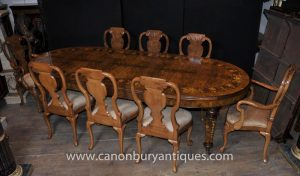 Walnut Table and Chairs - Queen Anne and Victorian Dining Tables